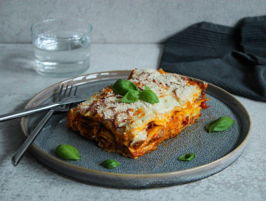 lasagne opskrift